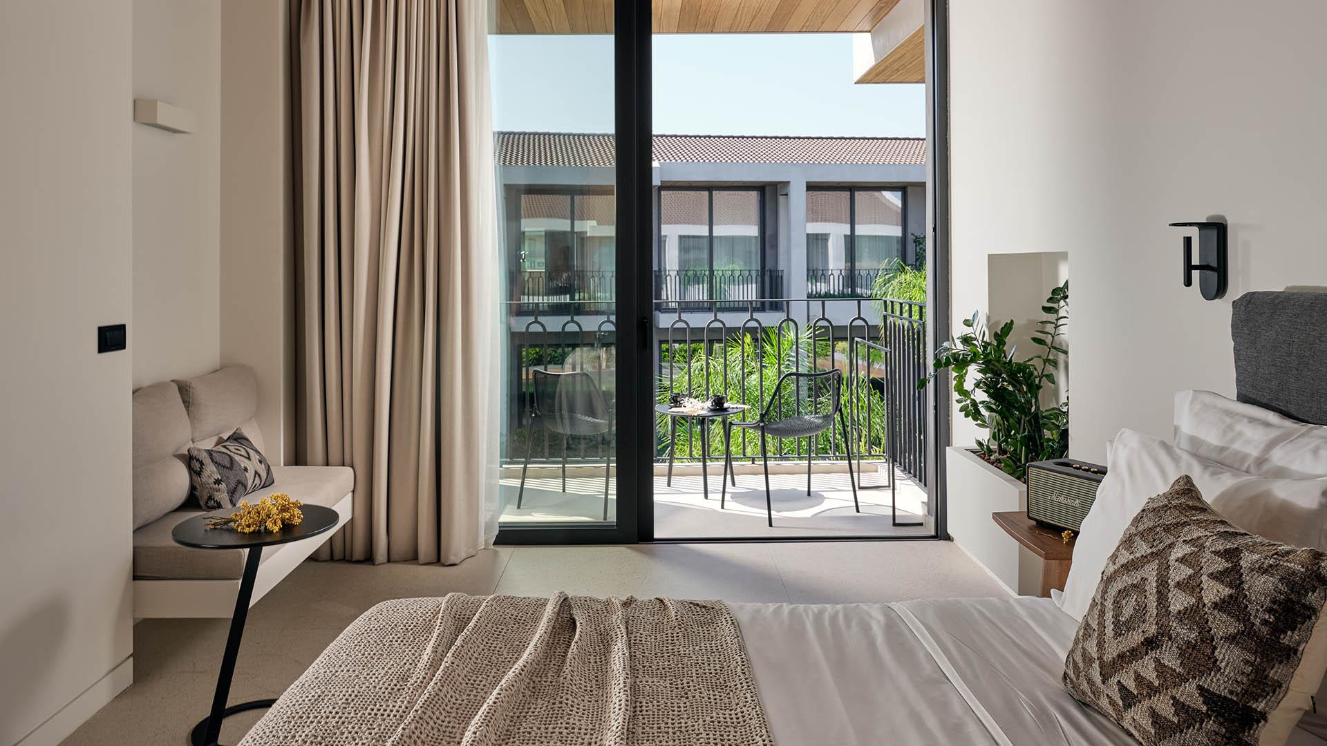 CS_Upper Floor Suite (3)
